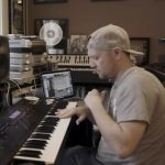 Produtor Jake One participa do Rhythm Roulette