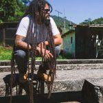 Viegas lança videoclipe de 'Too Rude'