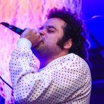 Crespo apresenta vídeo de 'Loucos de Solidão', gravado ao vivo